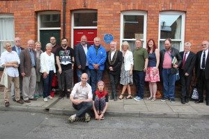 A crowd outside 53 Hartoft Street, where the Frankie Howerd memorial plaque was unveiled. (Photo by Dani Barge)