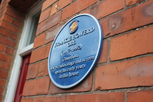The Frankie Howerd memorial plaque. (Photo by Dani Barge)