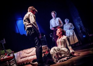 L-R Elliot Burton, Amy Dunn, Janet Dibley & Maggie McCarthy in Turn of the Screw